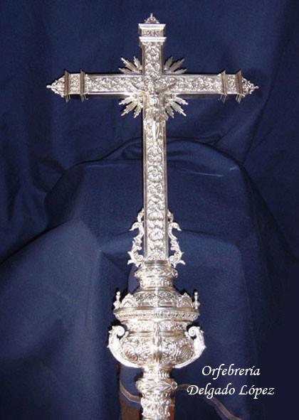 Cruz parroquial de la Hermandad de los Panaderos